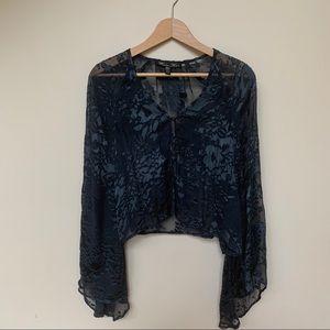 2 for $40 💫  Winter Kate Cropped Silk Kimono